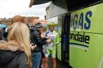 Ivan Basso emerges from the team bus