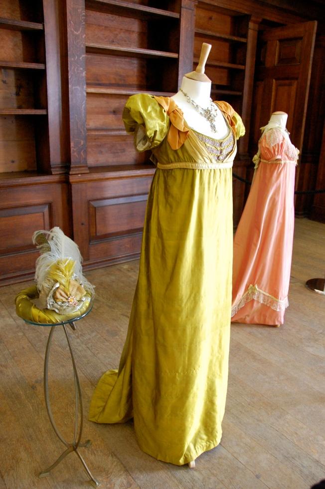 Exposition de costumes austeniens à Belsay Hall Dsc_6513
