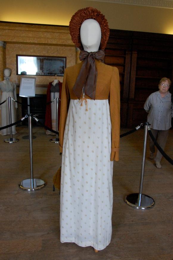 Exposition de costumes austeniens à Belsay Hall Dsc_6517