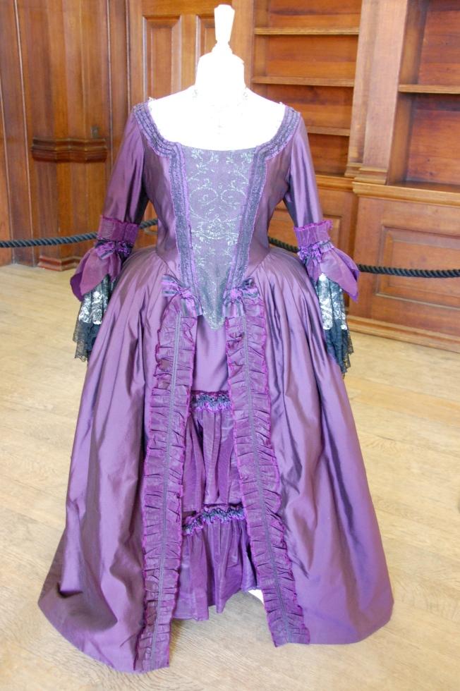 Exposition de costumes austeniens à Belsay Hall Dsc_6518