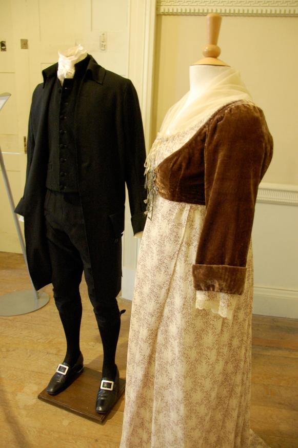 Exposition de costumes austeniens à Belsay Hall Dsc_6524