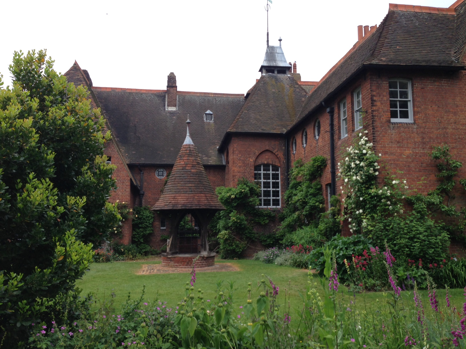 The Red House Palace Of Arts And Crafts on By Philip Webb Red House