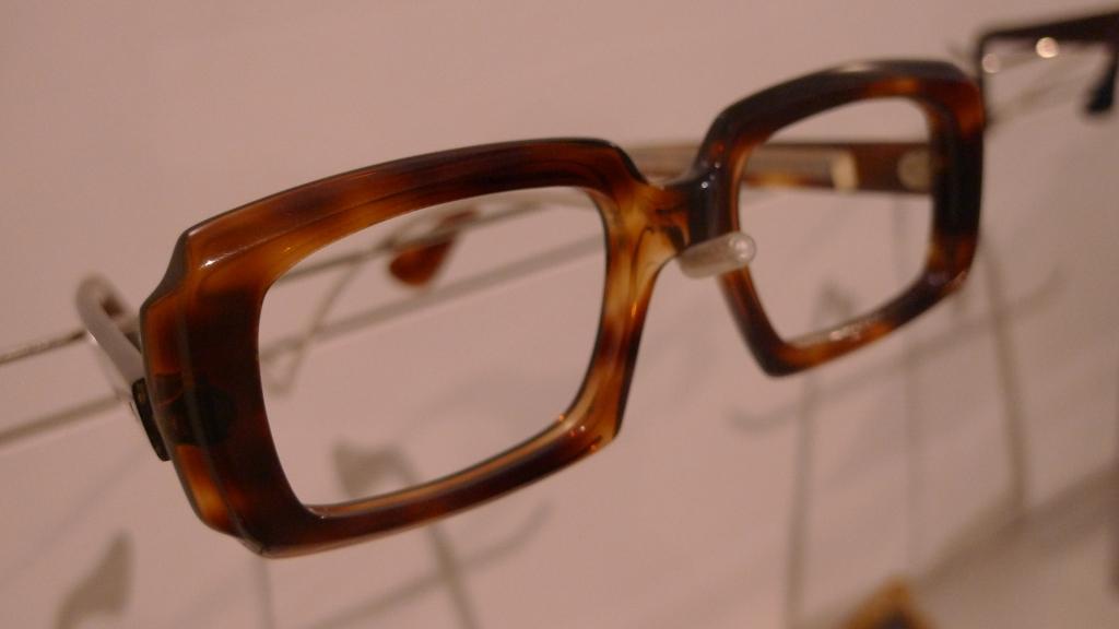 Eric Morecambe's glasses