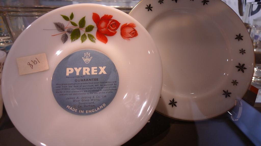 Pyrex glassware