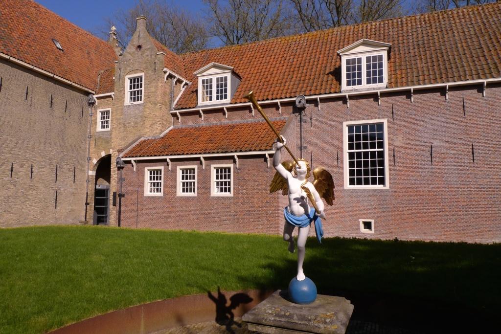 Zuiderzee Museum indoors