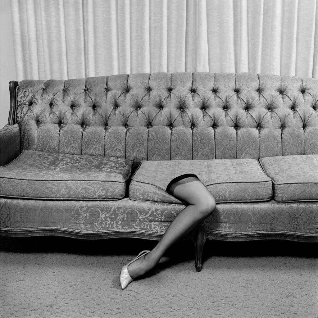 Surreal leg by Eva Stenram courtesy of Ravestijn Gallery Amsterdam