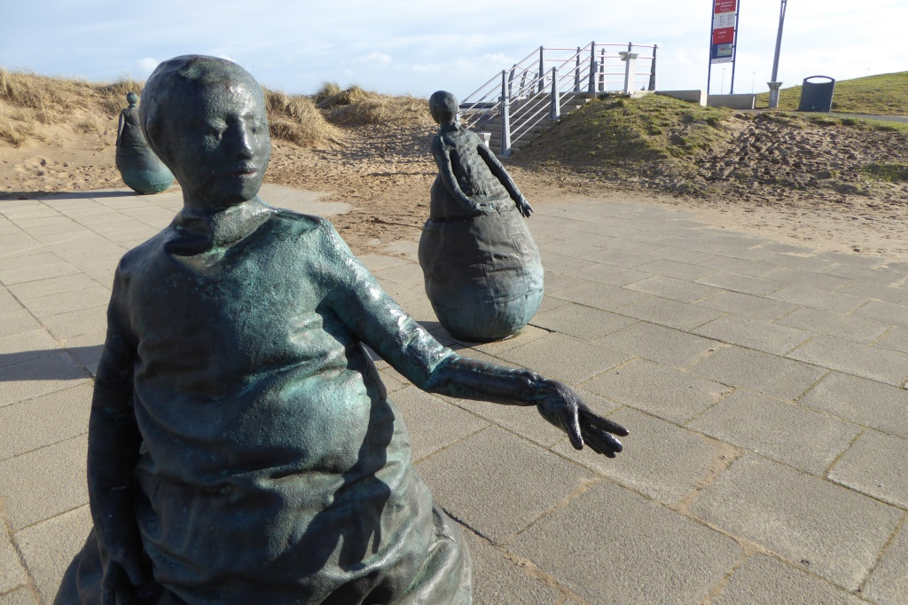Munoz: South Shields beach and sculptures