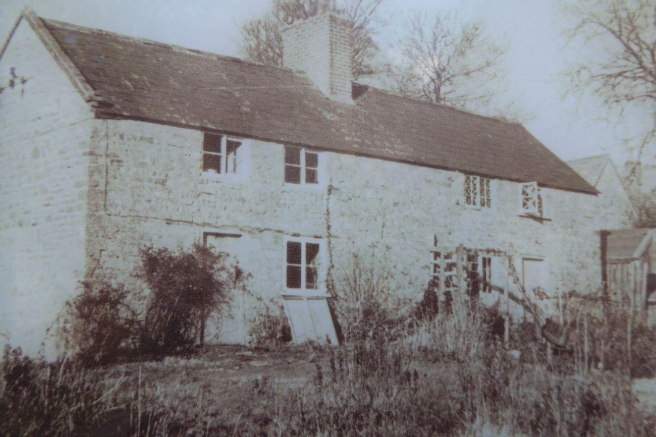 new_tyneham_cottage