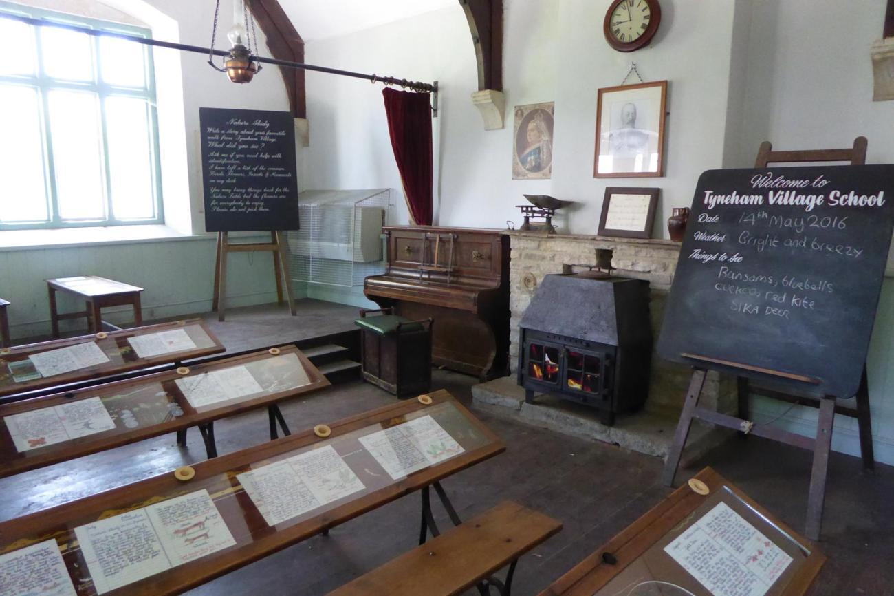 new_tyneham_schoolroom
