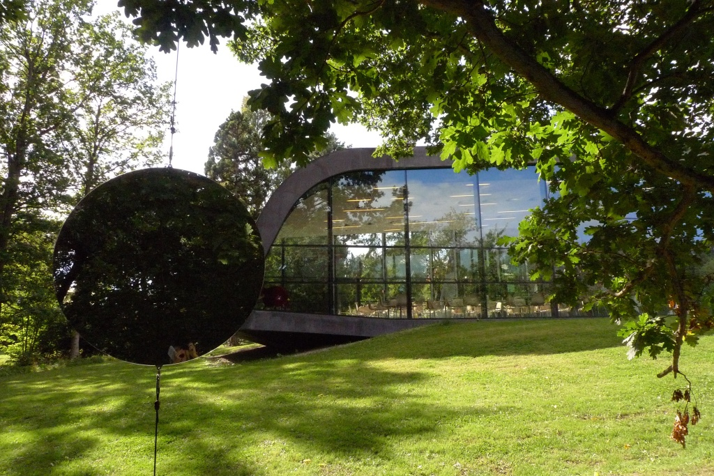 Copenhagen Hadid Gallery