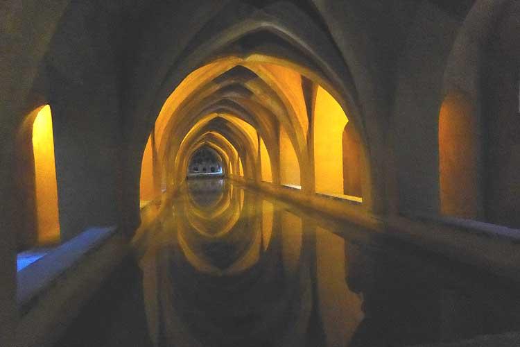 Alcazar underground bath house