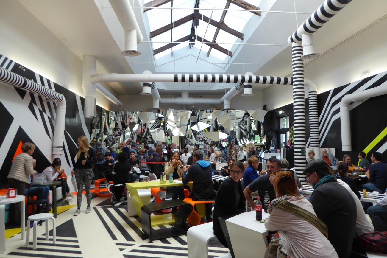 Venice Biennale Giardini cafe
