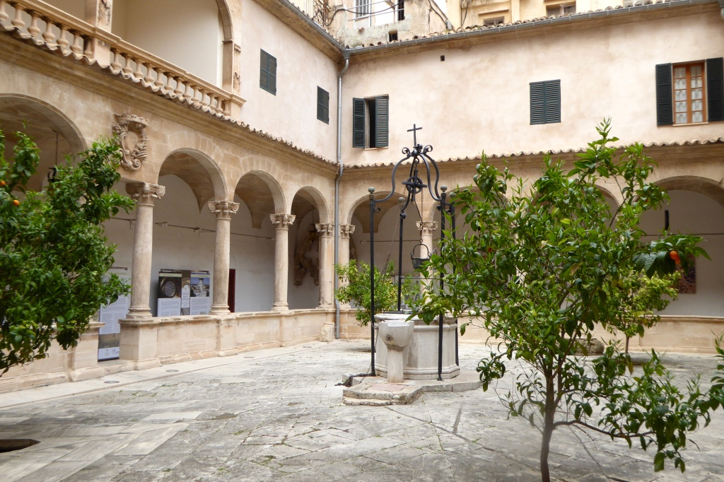 Typical Palma courtyard
