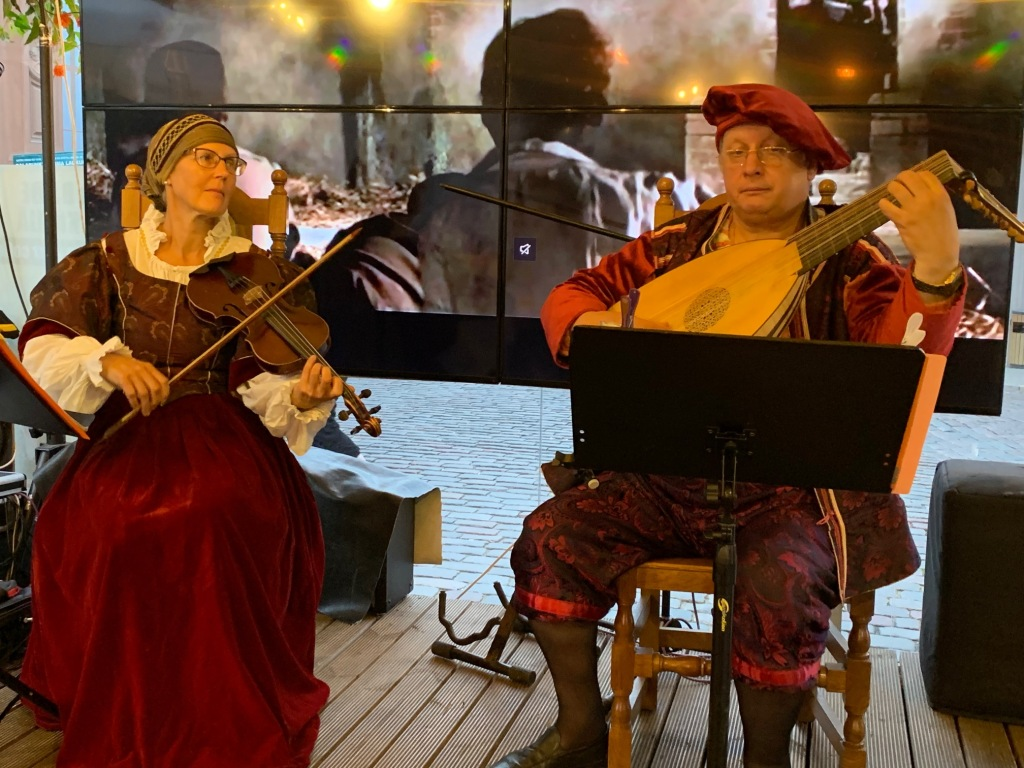 Riga Old Town lute players