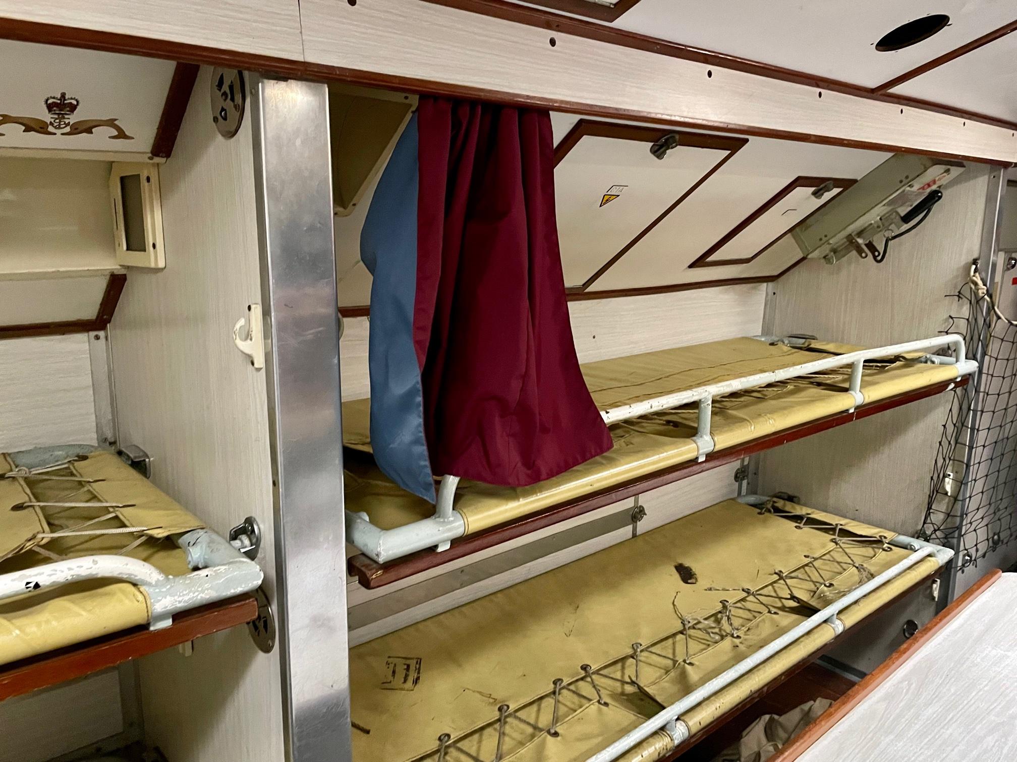 Submarine Ocelot interior bunk beds